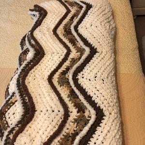"""""""Suzy Quzie afghan/bedspread/blanket"""